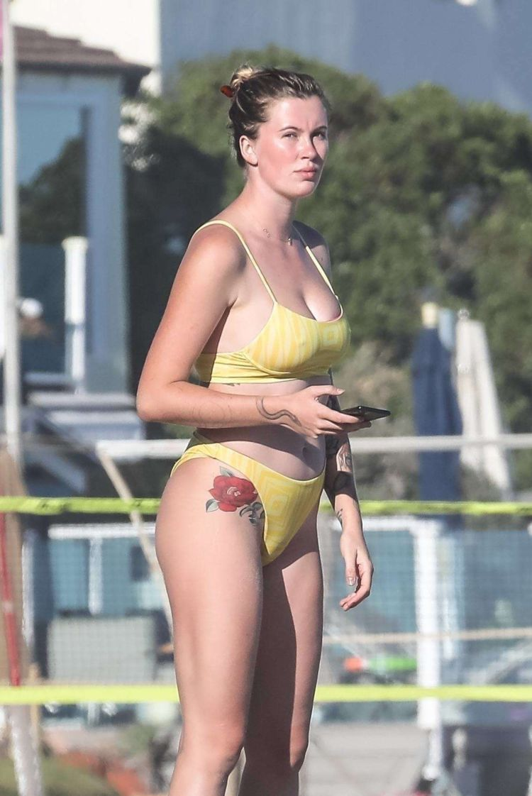 Ireland Baldwin Vacationing In Yellow Bikini On The Beach In Malibu