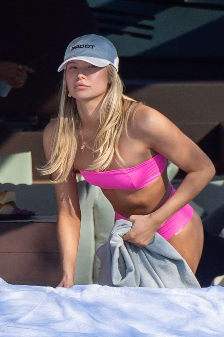 Josie Canseco Candids In A Pink Bikini On A Boat In Miami
