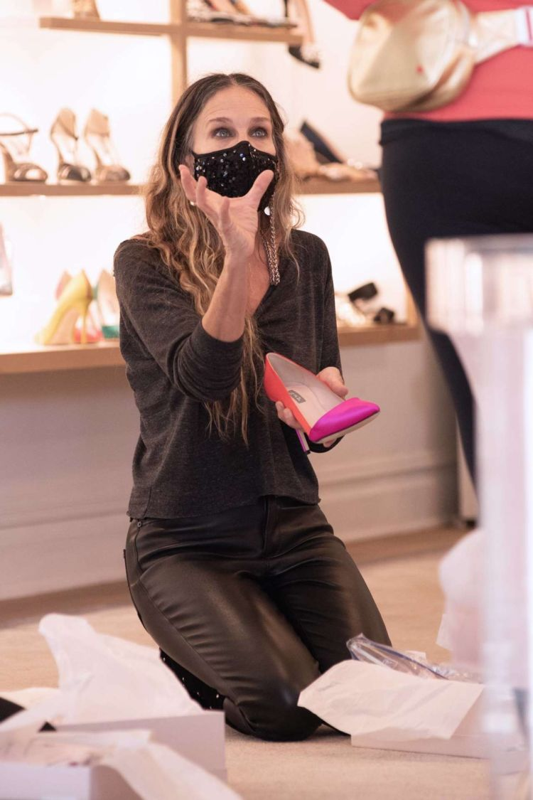 Sarah Jessica Parker Spotted At Her SJP Collection Shoe Store In NYC