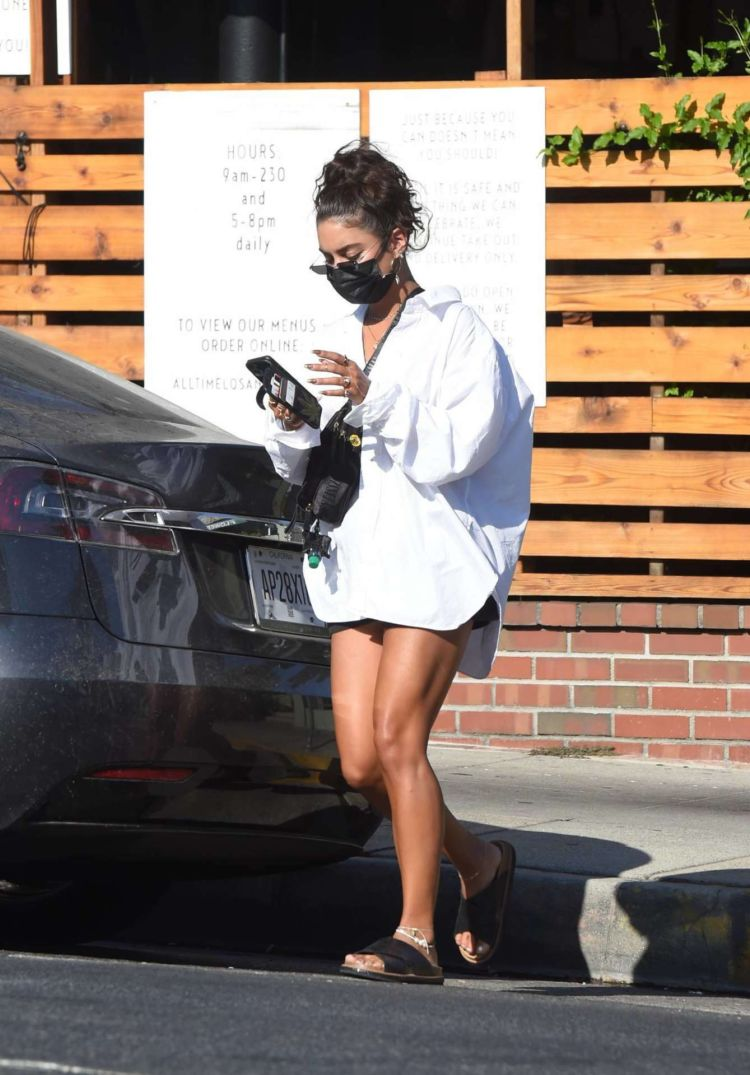 Vanessa Hudgens Goes Out For Lunch In Los Angeles