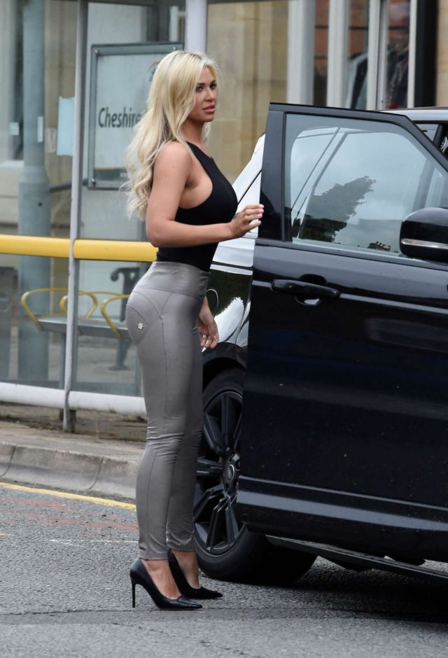 Gorgeous Christine McGuinness Out And About Candids In Liverpool