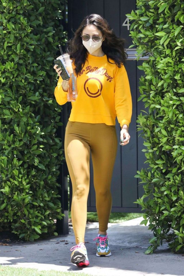 Stylish Eiza Gonzalez Spotted In Leggings Out In West Hollywood