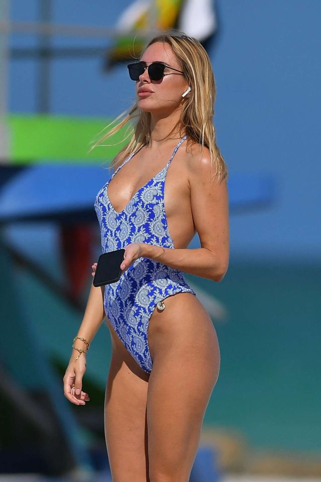 Beautiful Kimberley Garner Poses In A Blue Swimsuit At Miami Beach